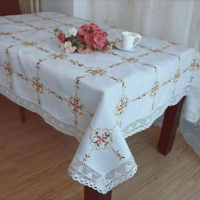 Скатерть Valtery SK 08 с вышивкой (прямоугольная)